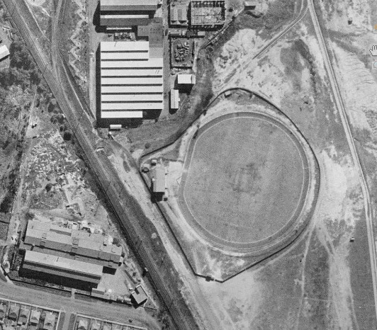 Lidcombe Oval 1943 B&W pic