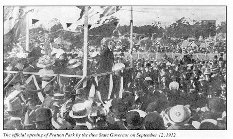Photo of opening of Pratten Park 1912