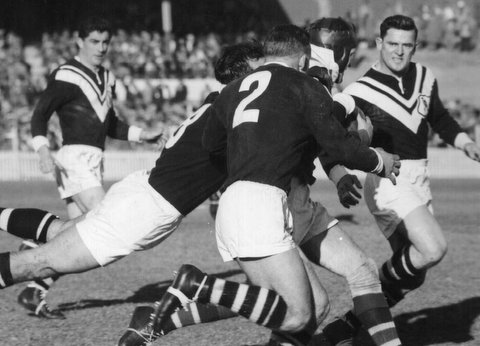 1960 Wests v Easts @ SCG photo Bill Tonkin flying, Roger Buttenshaw, Keith Holman.