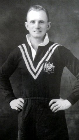 frank mc millan in aussie jumper.